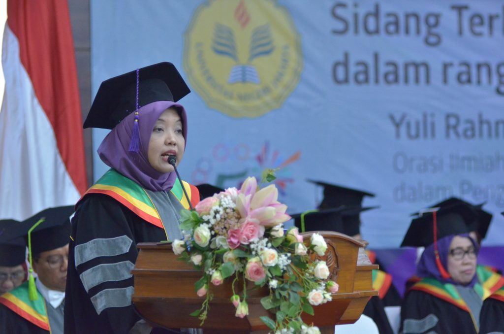 Scientific Talk by Yuli Rahmawati, M.Sc, Ph.D. : Conceptualization of the Transformative University Framework in the Development of Reputable Universities