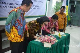 (Bahasa) Penandatanganan Kerjasama antara PT. Bressindo Media Edukasi dengan Universitas Negeri Jakarta tentang Pendirian dan Pengelolaan Labschool UNJ