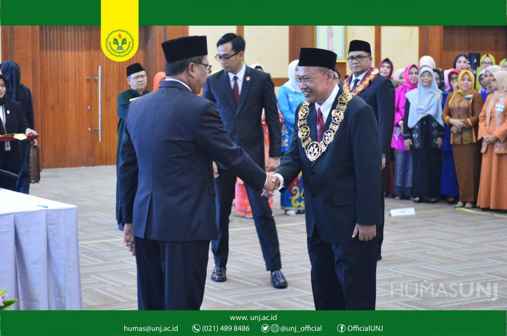Pelantikan Dr. Komarudin, M.Si , Rektor UNJ 2019-2023