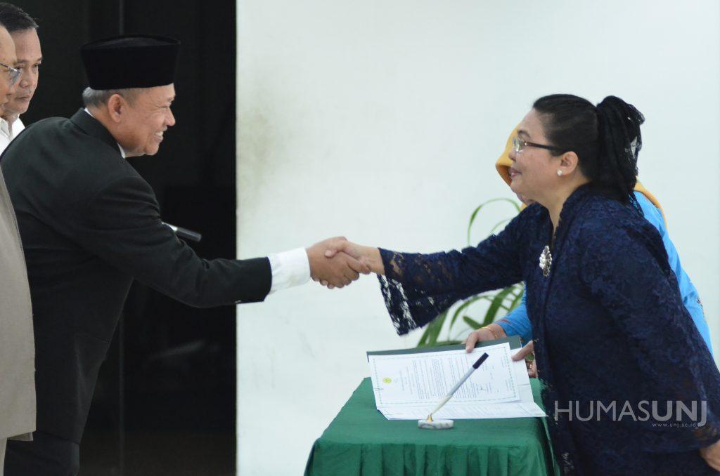 Pelantikan Wakil Dekan I, II, III FT UNJ