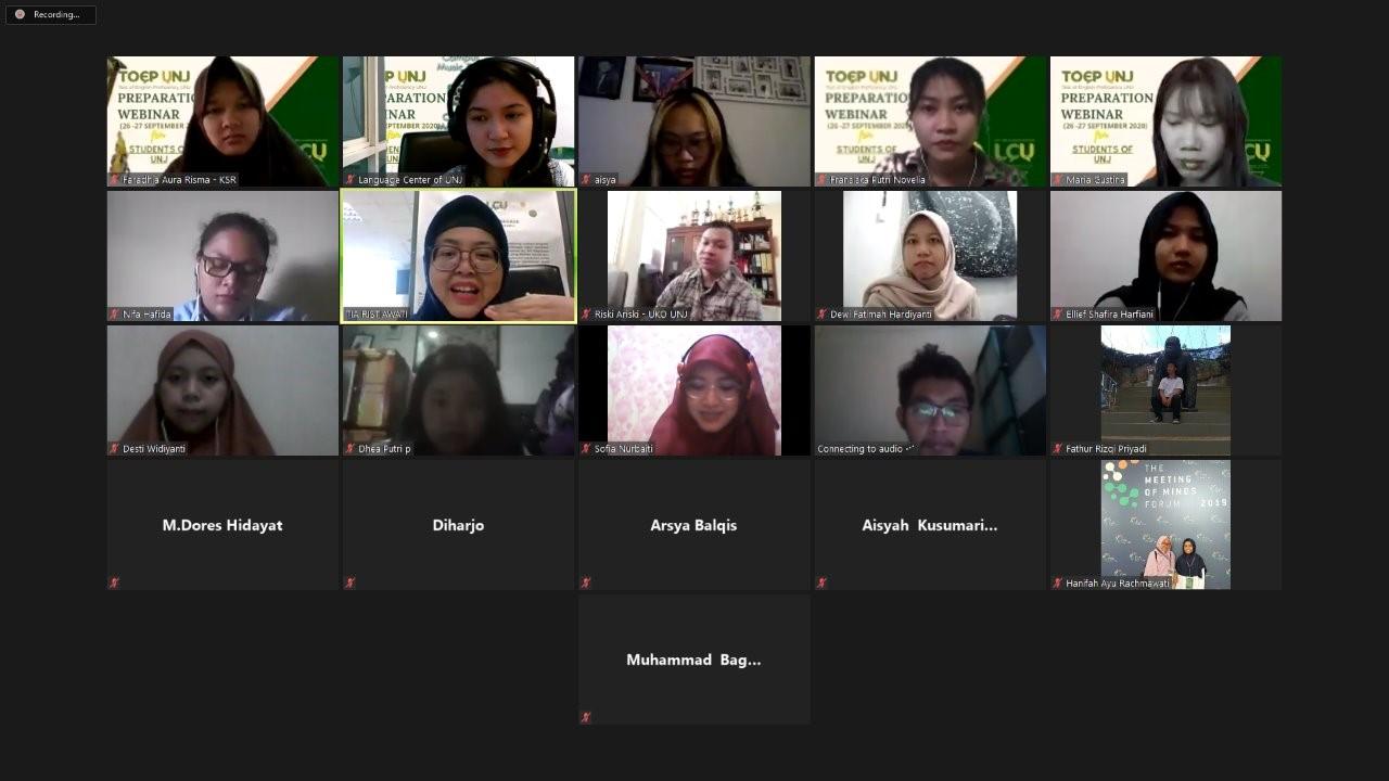 Pelatihan Test of English Proficiency (TOEP) bagi Mahasiswa