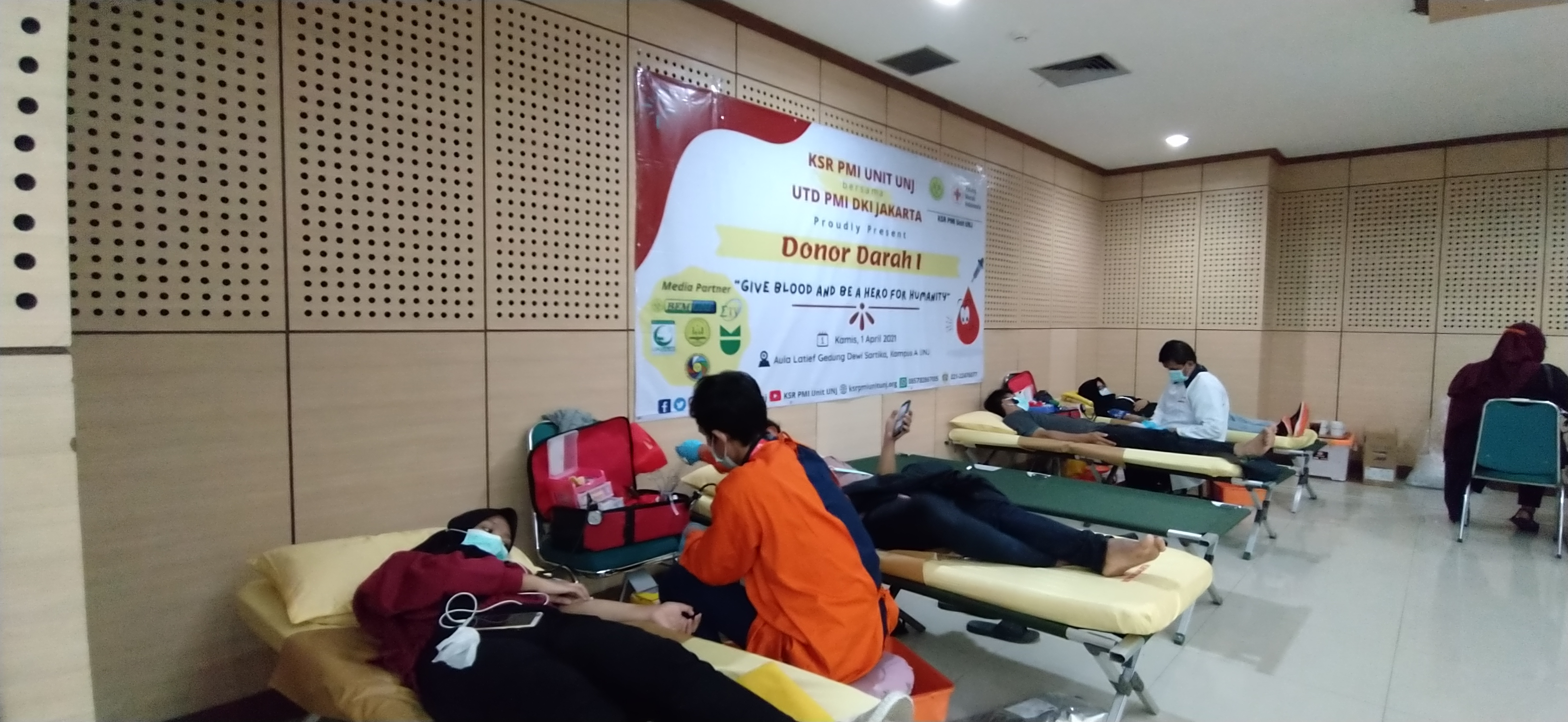 KSR UNJ : Give Blood and Be Hero for Humanity