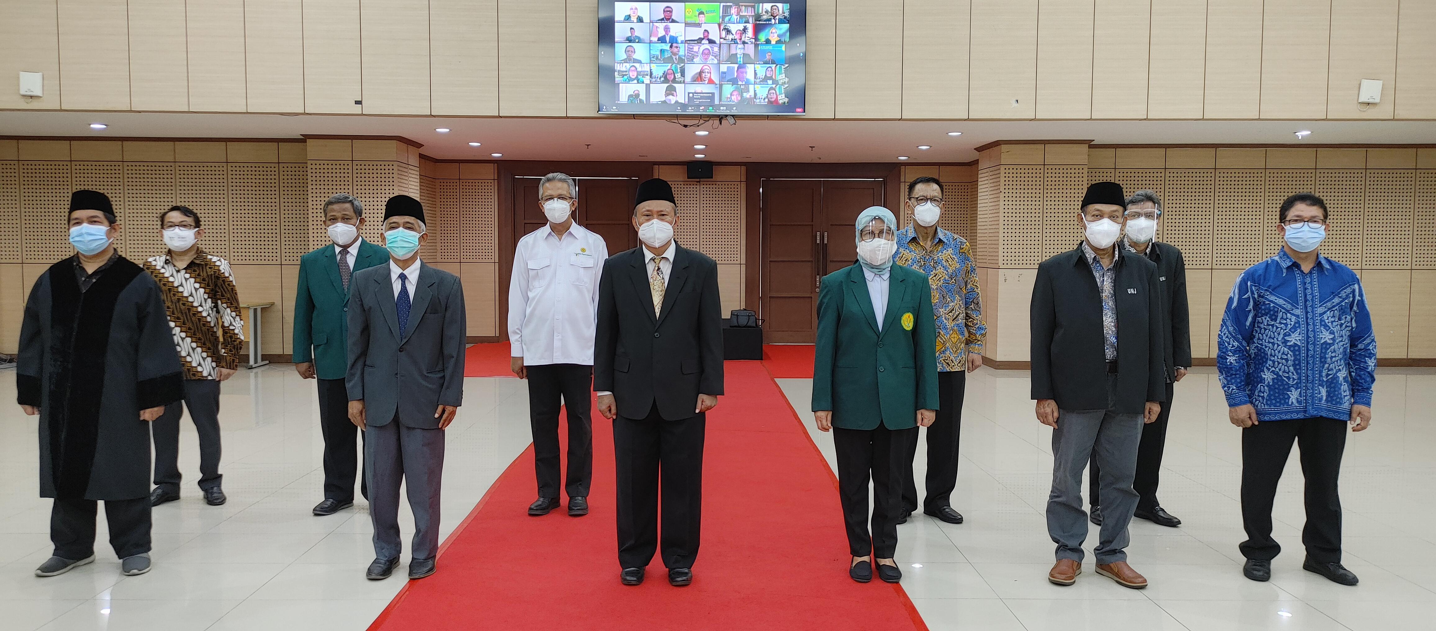 Pelantikan dan Serah Terima Jabatan Direktur Pascasarjana, Para Wakil Dekan I, II, dan III Fakultas, dan Kepala UPT di Lingkungan UNJ