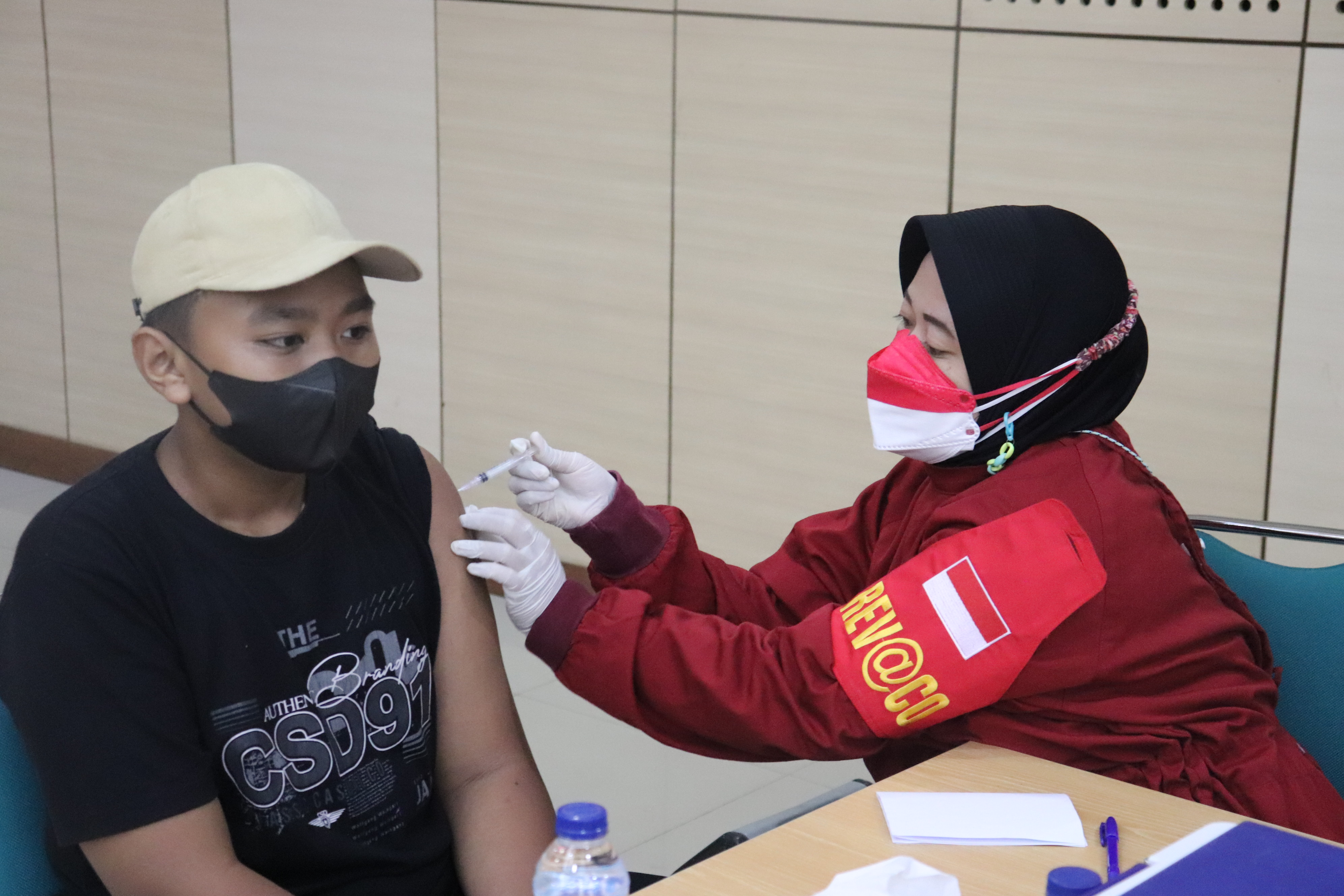 UNJ Gelar Vaksinasi Massal Dosis Kedua, Abdul Sukur : Proses Berjalan Lancar dan Rapih Tanpa Ada Masalah