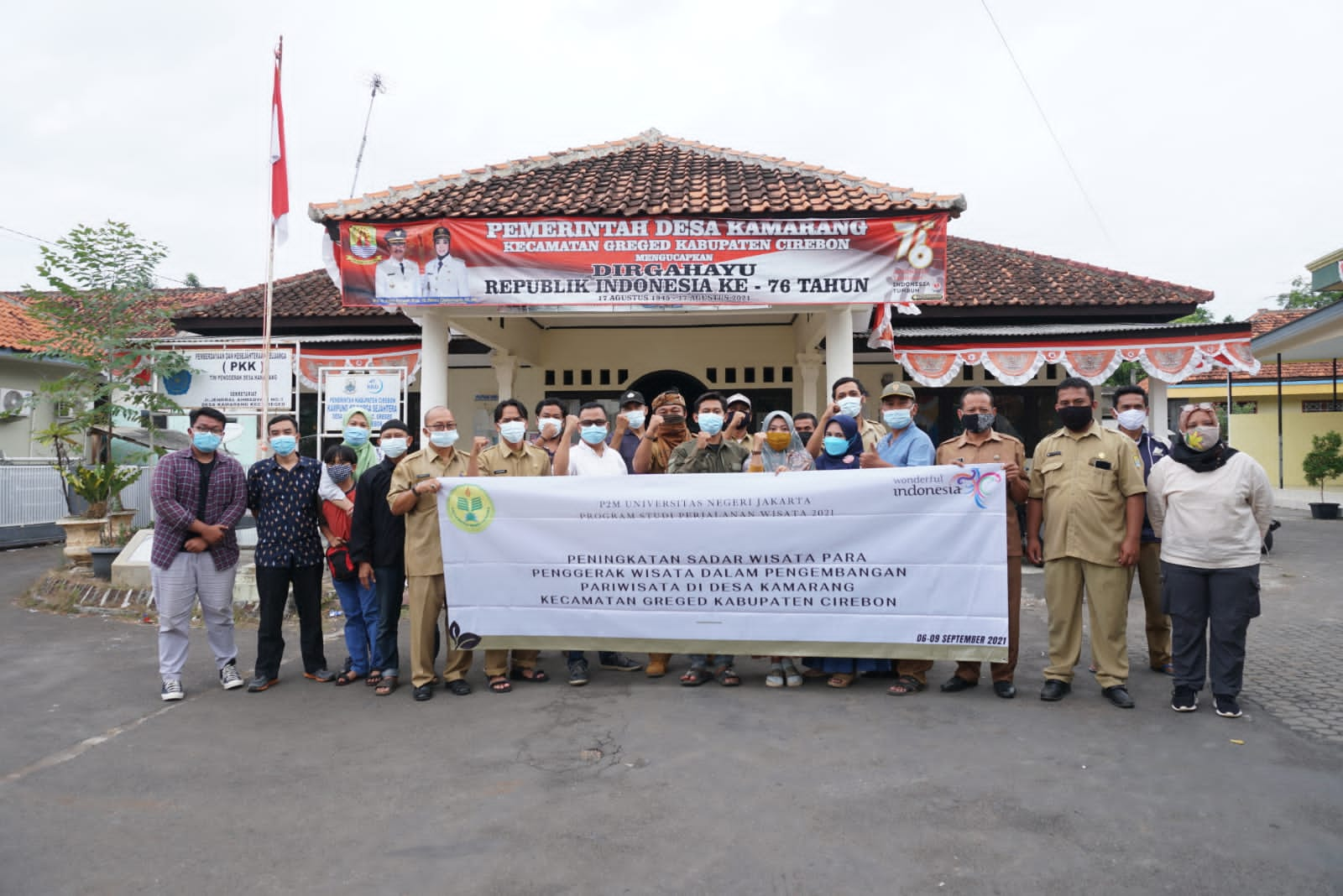 (Bahasa) UNJ Ciptakan Desa Kamarang Cirebon Menjadi Desa Wisata