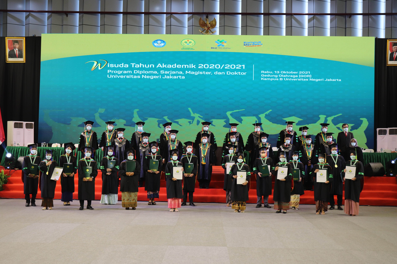 (Bahasa) Wisuda Virtual Universitas Negeri Jakarta Tahun Akademik 2020/2021