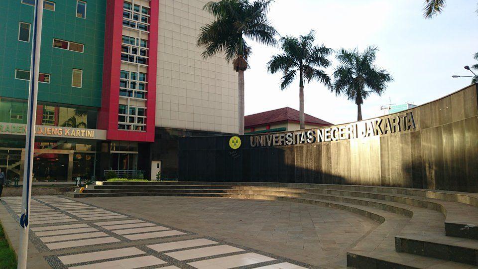 (Bahasa) Pernyataan Pers Universitas Negeri Jakarta mengenai Pemberian Gelar Doktor Kehormatan